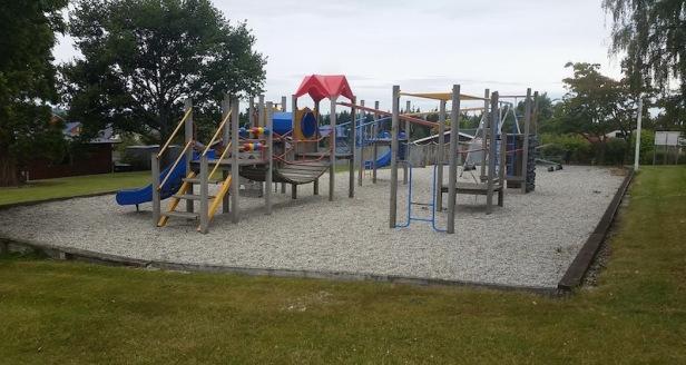 christie-st-playground-balclutha