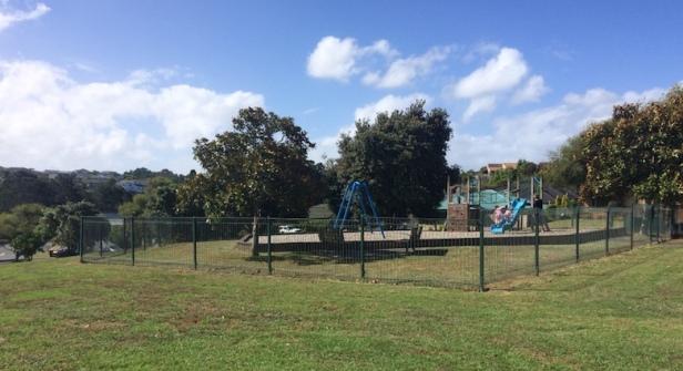 gleanor-ave-playground